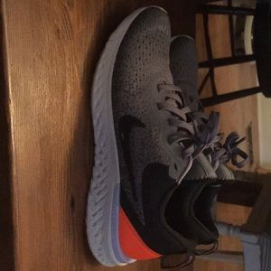 Nike Odyssey's Running Shoes
